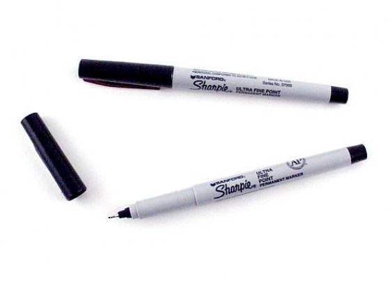 permanent-marker-extra-fine